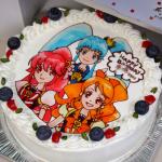 プリキュアの3キャラクターケーキ